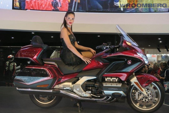 Honda GL1800 Goldwing Tour DCT Airbag -18-1.jpg